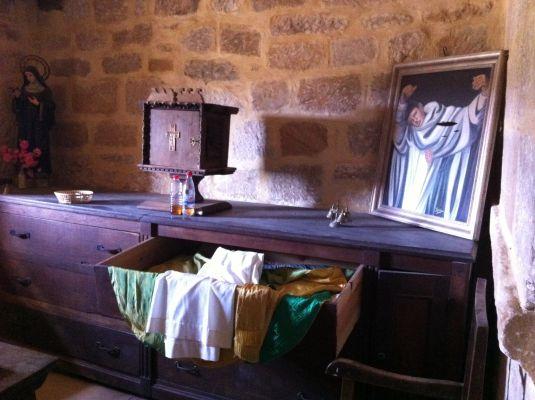 https://www.navamuel.es/images/IglesiaInterior/Sacristia.jpg