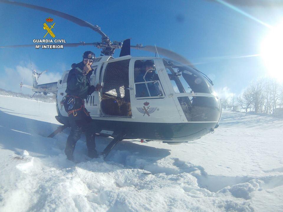 https://www.navamuel.es/images/Nevada2015v2/Helicoptero.jpg