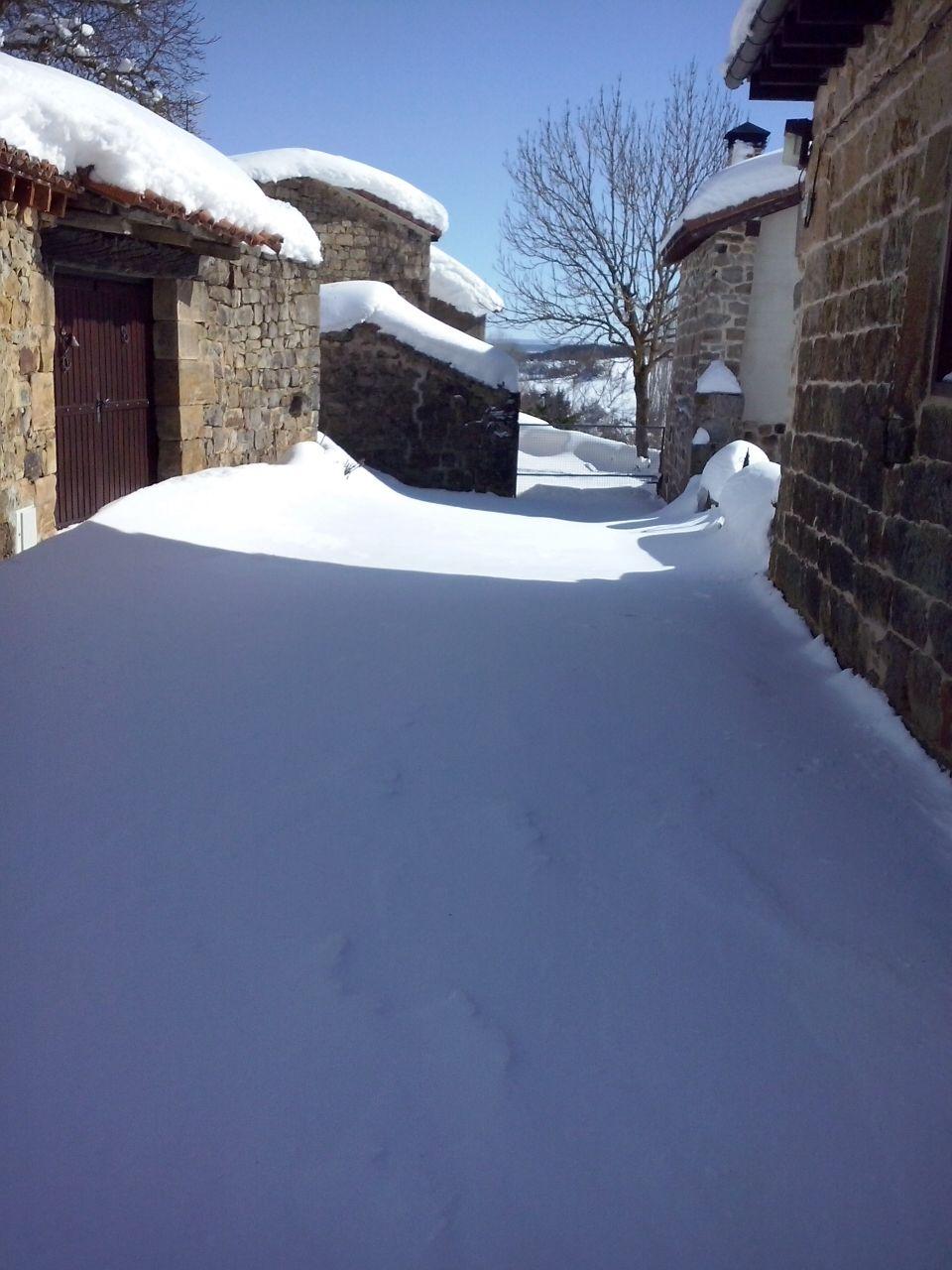https://www.navamuel.es/images/Nevada2015v2/Nieve.jpg